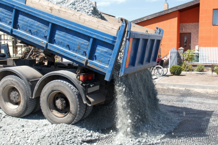 A Guide to Hiring a Tipper Truck